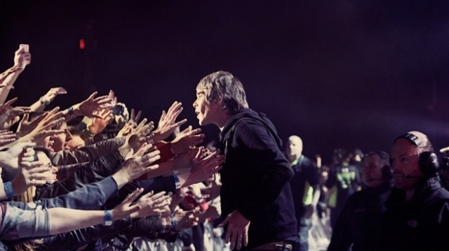 stone roses made of stone ian brown