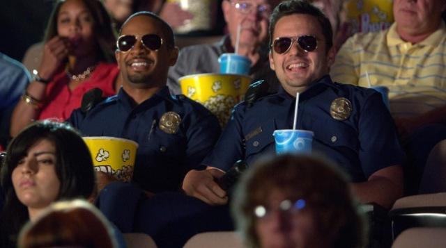 let's be cops jake johnson damon wayans jr police