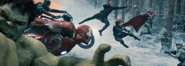 avengers age of ultron hulk scarlett johansson thor black widow jeremy renner hawkeye mark ruffalo