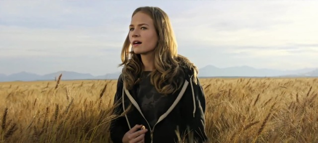 tomorrowland a world beyond disney britt robertson brad bird