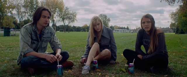 it follows maika monroe David Robert Mitchell